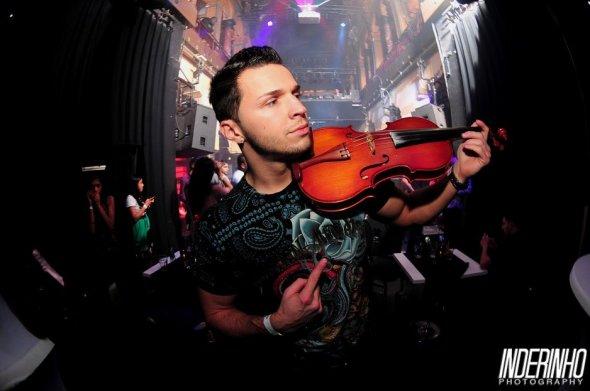 2012-03-10-21-49-10.Svet Music