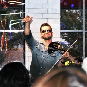 Svet the Violinist 2