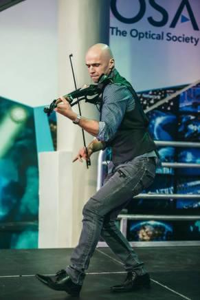 svet-the-violinist-6