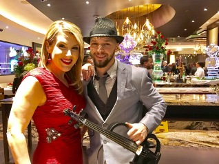 svet-the-violinist-19-del-lago-resort-casino-jpg